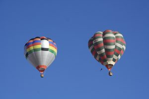 parachute-creative-commons